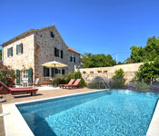 5 bedroom Villa with Pool in Vrbanj on Hvar, Sleeps 10