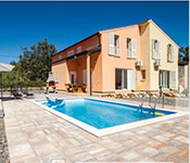 3 Bedroom Istrian Villa with Pool near Labin. Sleeps 6-8