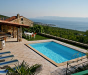 2 bedroom Villa with pool near Cirkvenica, Sleeps 4