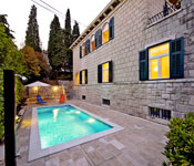 4 bedroom Villa with Pool in Split City, Sleeps 8