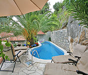 4 bedroom Villa with Pool near Dubrovnik, Sleeps 8-9