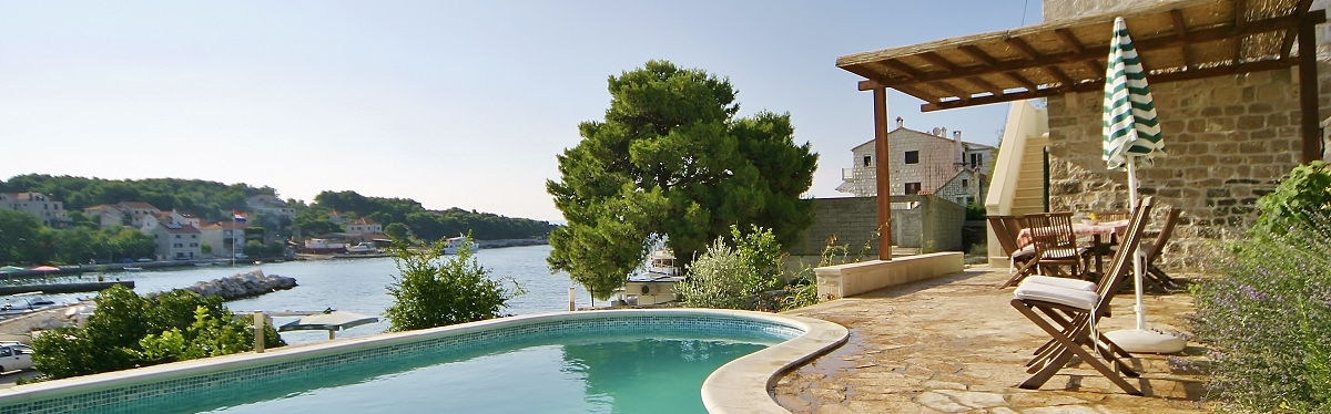 Superb Waterfront Beach Villas Croatia Houses To Rent Download Free Architecture Designs Sospemadebymaigaardcom