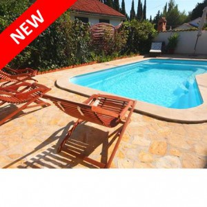 Walk to beach from this 5 bed villa in Supetar