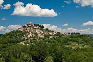 Motovun distant view - Croatian Villas