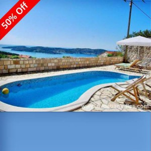 Villa sleeps 10 near Dubrovnik. 50% off 2015 dates