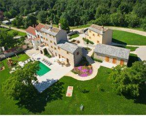 Peaceful Villa with Pool near Groznjan, sleeps 14