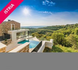 Spa, infinity pool & free bikes, sleeps 10
