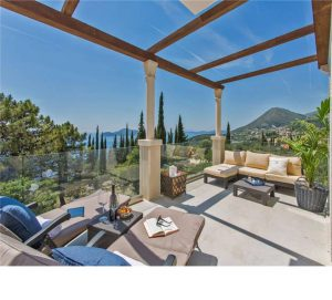 Browse our large villas for families or friends.  Great for get togethers