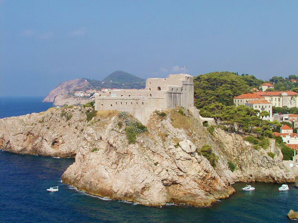 Lovrijenac Dubrovnik City Wall - 10 things to do in Dubrovnik area - Croatian Villas