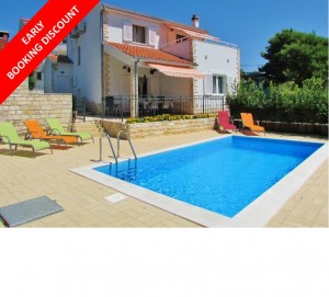 Charming 3 bed villa with pool on serene Solta Island