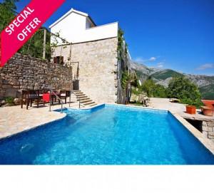 Peaceful 4 Bedroom Villa with Pool near Split, sleeps 8-10