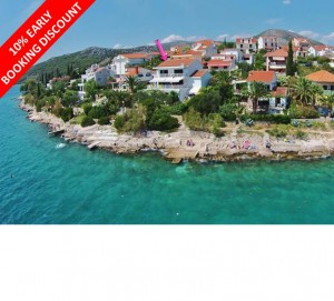 Large 5 bed sea facing villa near Trogir, great for families