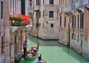 Venetian gondola ride on pittoresque clannal