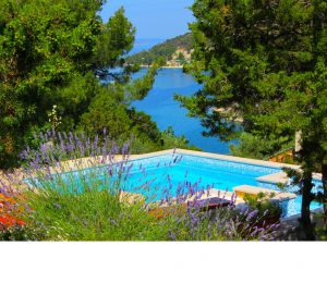 Book your 2019 Holiday with a Pool