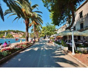 Walk to Restaurants from our Villas & Apartments