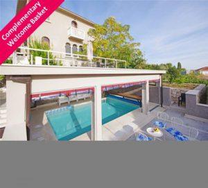 20% OFF Cozy 4 Bedroom Villa near Trogir